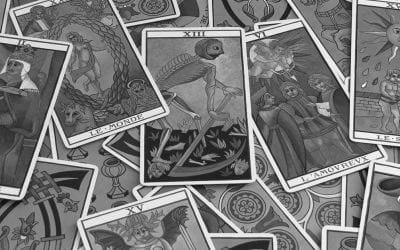 What A Tarot Card Reader At The Plaza Taught Me About Anxiety And Intention